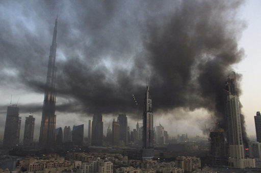 Breaking news: large fire breaks out in Dubai