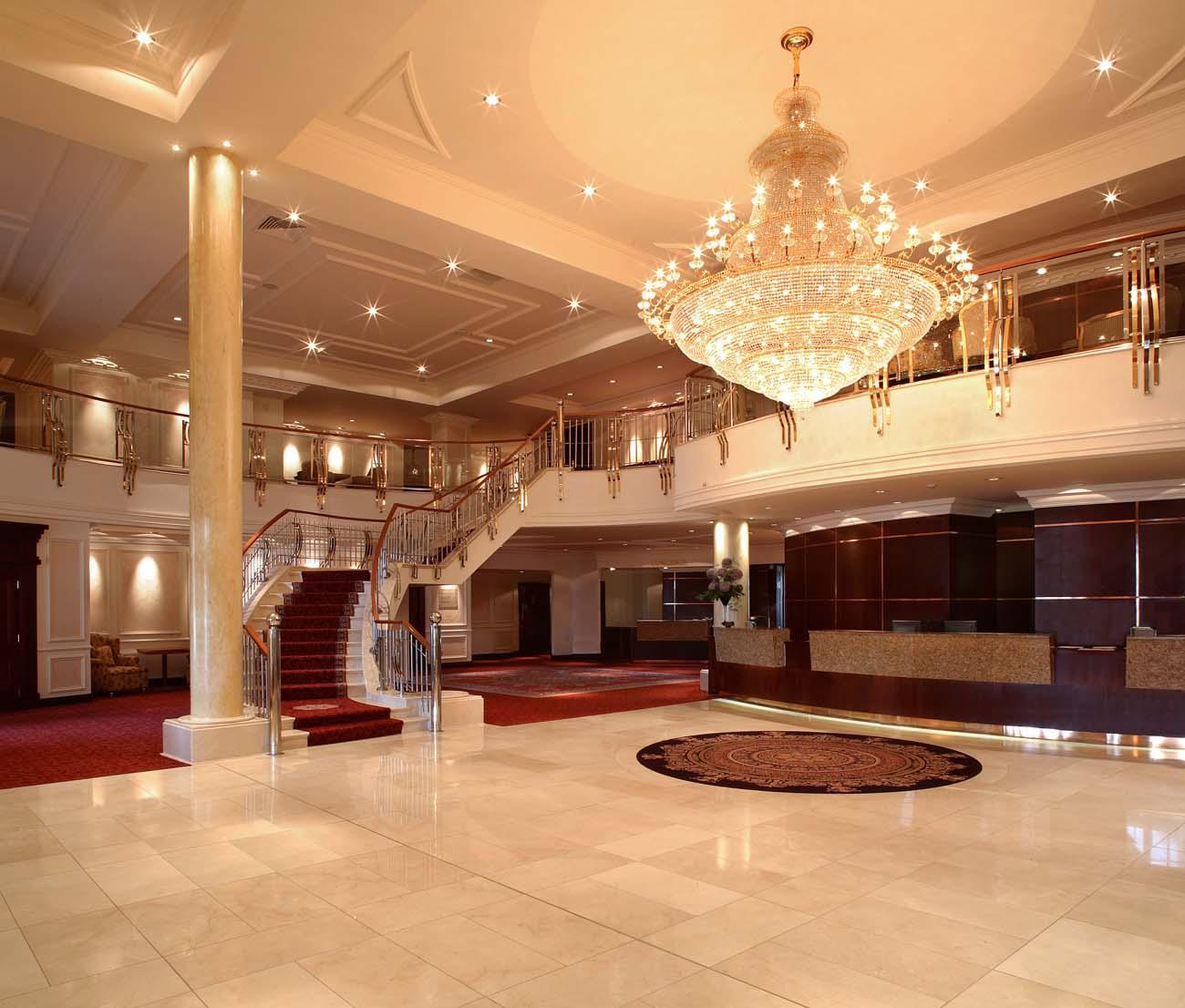 Knightbrook-hotel-reception